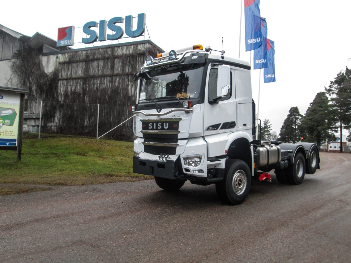 Sisu Polar Works 6x6